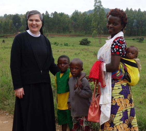 Benedizione della casa e della cappella in Uganda